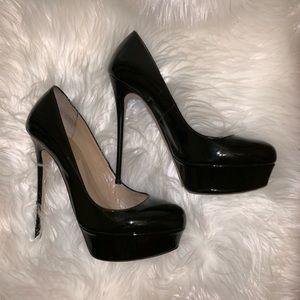 Valentino garvani high shoe